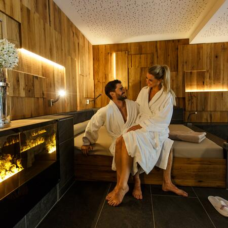 couple holiday wellness austria