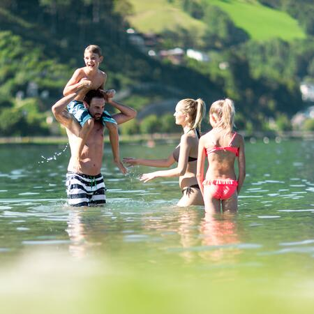 family summer holiday lake
